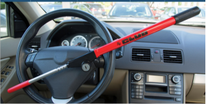 the CLUB steering wheel lock picture