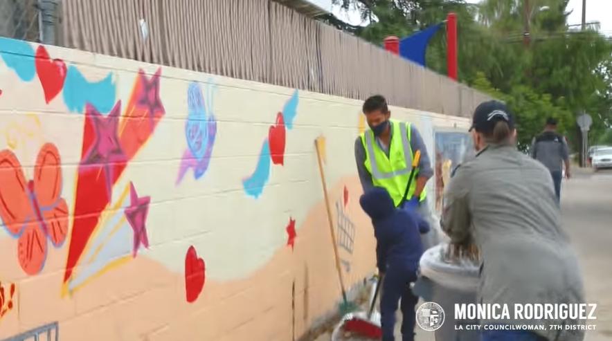 MROD Volunteers Clean Up North Hills