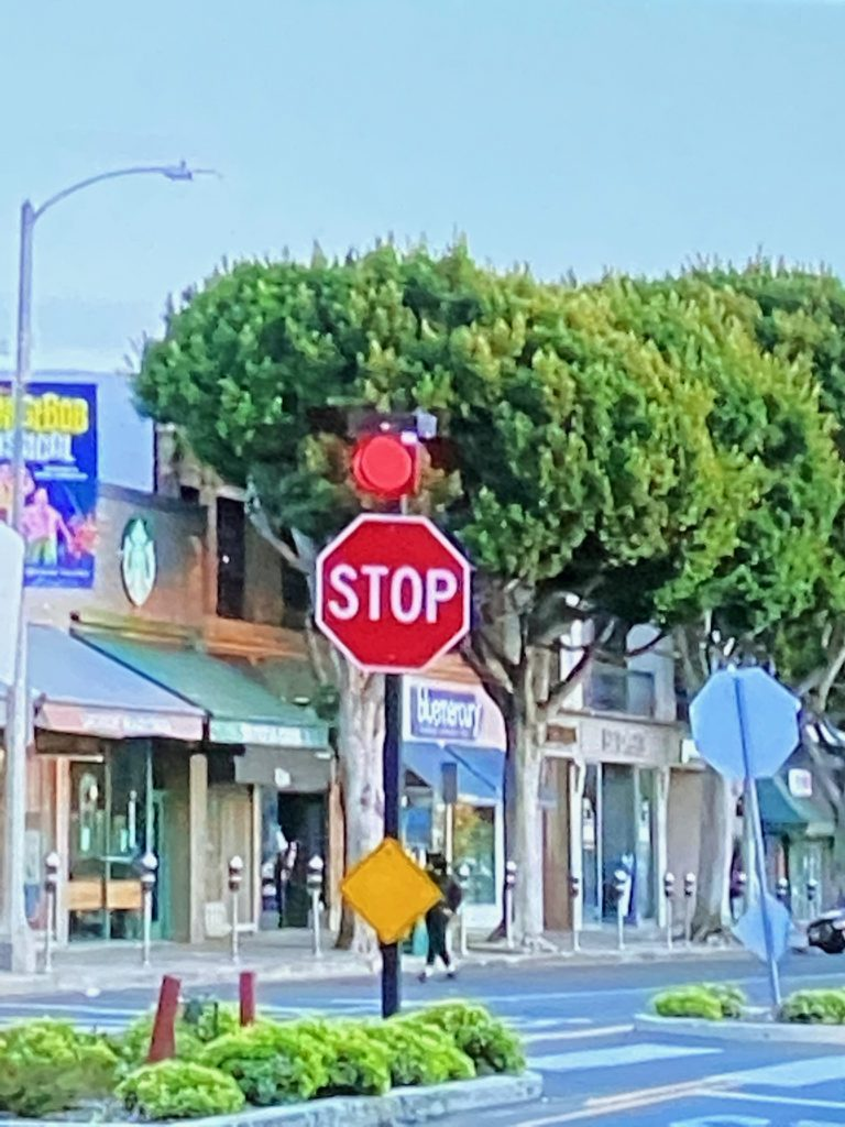 stop Sogn with red light atop